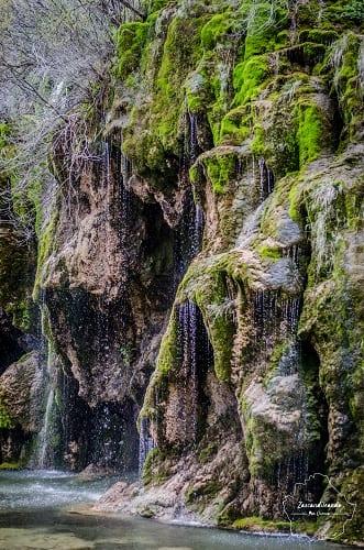 Cascada en el Nacimiento del Río Cuervo, en Cuenca