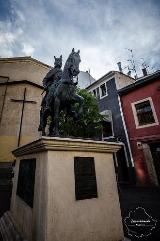 Estatua de Alfonso VIII en Cuenca