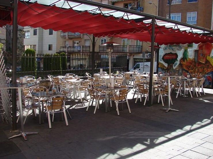 Terraza del Mesón Don José, Calle San Francisco