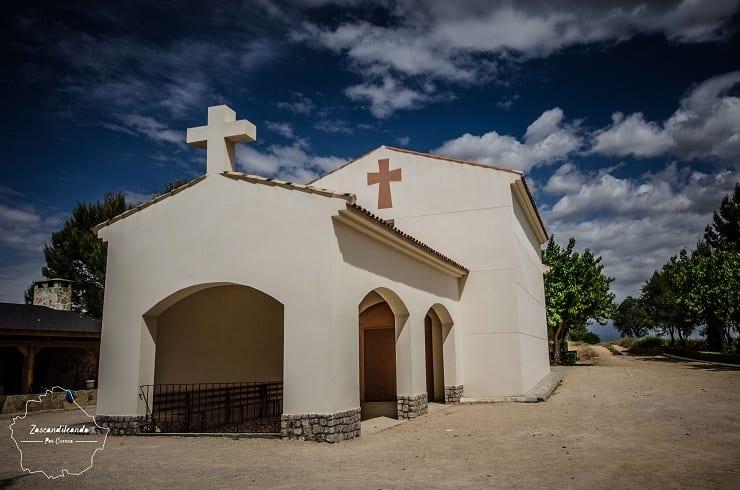 Fachada de la Ermita de la Concepción de Almendros