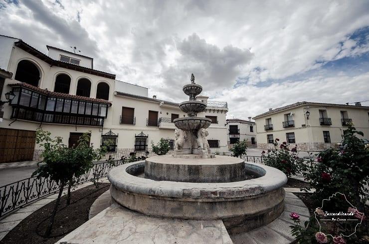 Plaza de España en Almendros