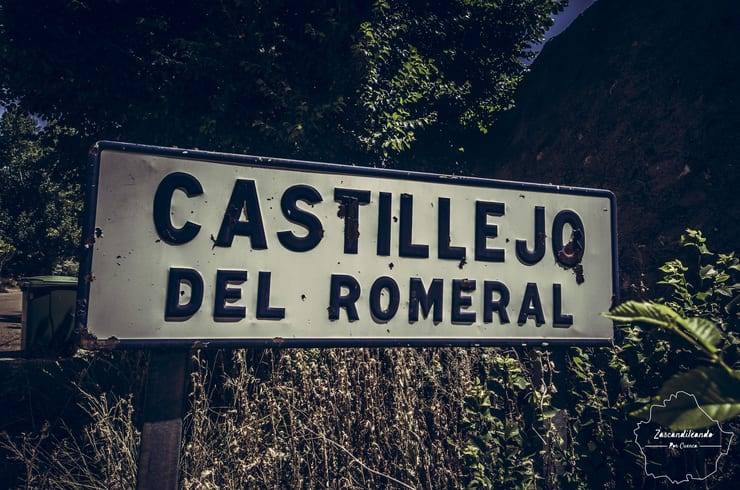 Cartel en Castillejo del Romeral