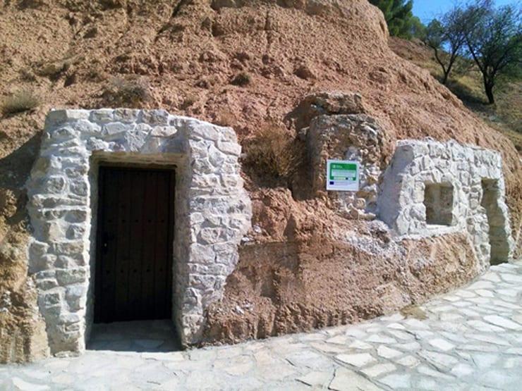 Casas-Cueva en Gascueña, Cuenca