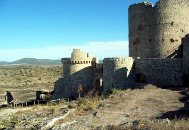 Torre del Homenaje, del Castillo de Moya (Cuenca)