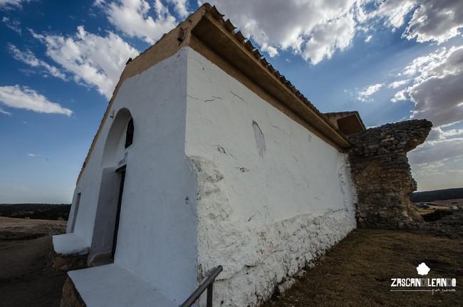Fachada de la Ermita de Segóbriga