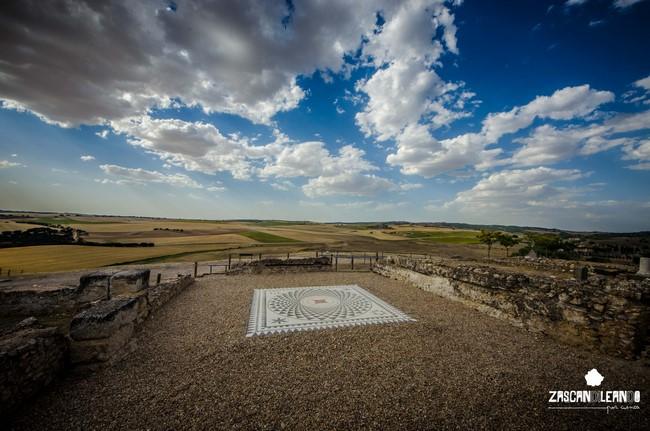 Mosaicos en la ciudad romana de Segóbriga