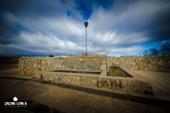 La fuente del Pilar posee unas dimensiones considerables