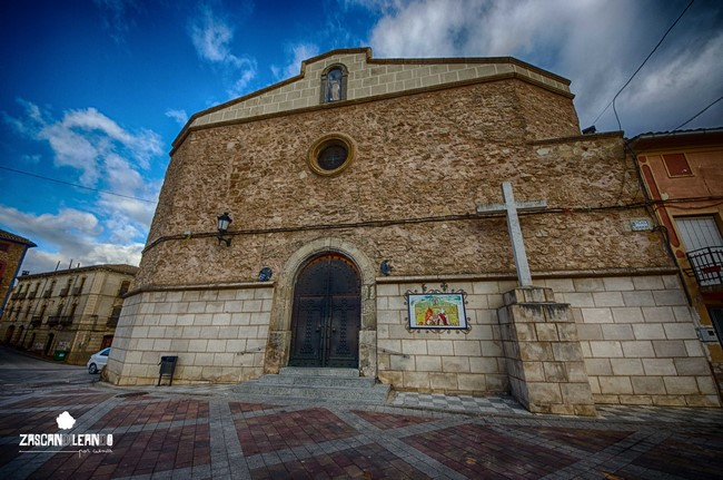 Fachada principal de la iglesia de Valverde de Júcar