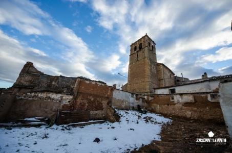Vista de la torre de la iglesia de Santa María Magdalena, en Valverde de Júcar
