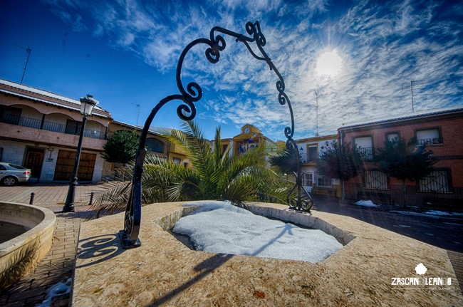 La plaza Mayor es el centro neurálgico de Pinarejo
