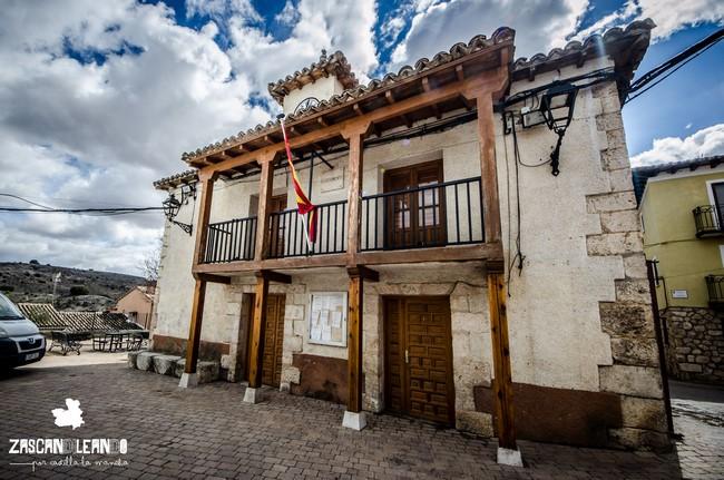 El ayuntamiento de Peñalver se encuentra en la plaza de España