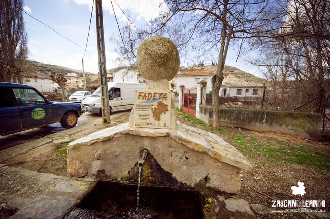 Fuente ubicada en el parque del Lavadero de Peñalver, Guadalajara