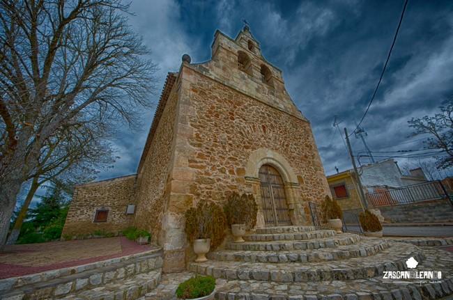 La iglesia de Olmedilla de Alarcón destaca por su pórtico y su espadaña