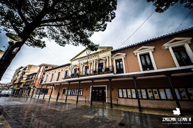 El ayuntamiento de Daimiel se ubica en la plaza de España