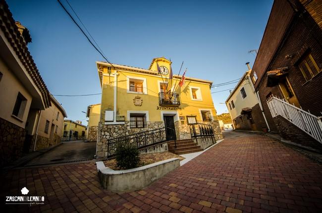 Casa consistorial de Portilla, en la calle Las Majadas