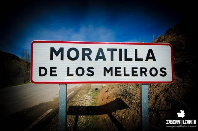 Señal de entrada a Moratilla de los Meleros