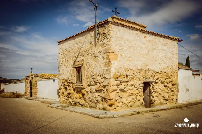 El cementerio de Zarza de Tajo se construyó sobre una antigua iglesia
