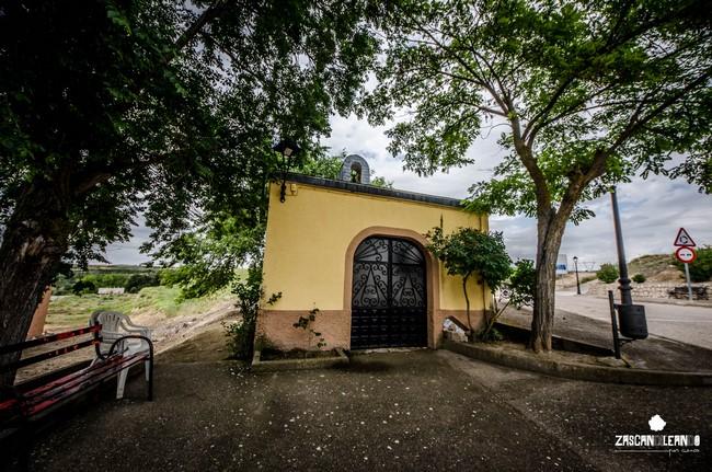 A la entrada de Belinchón se halla la ermita de San Isidro