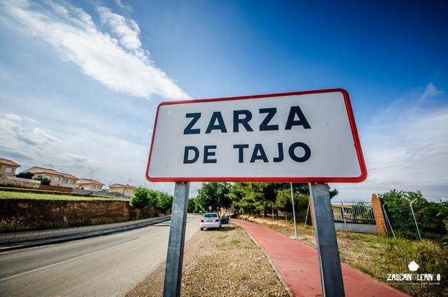 Señal de entrada a Zarza de Tajo, en Cuenca