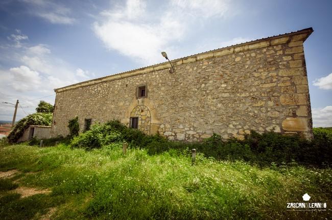 En la actualidad, la antigua ermita del Santo es un edificio de propiedad privada