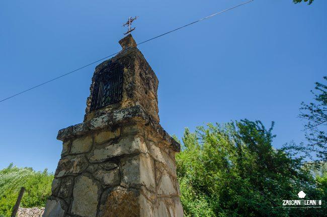 El humilladero de San Antonio se encuentra a un kilómetro del núcleo urbano de Tragacete