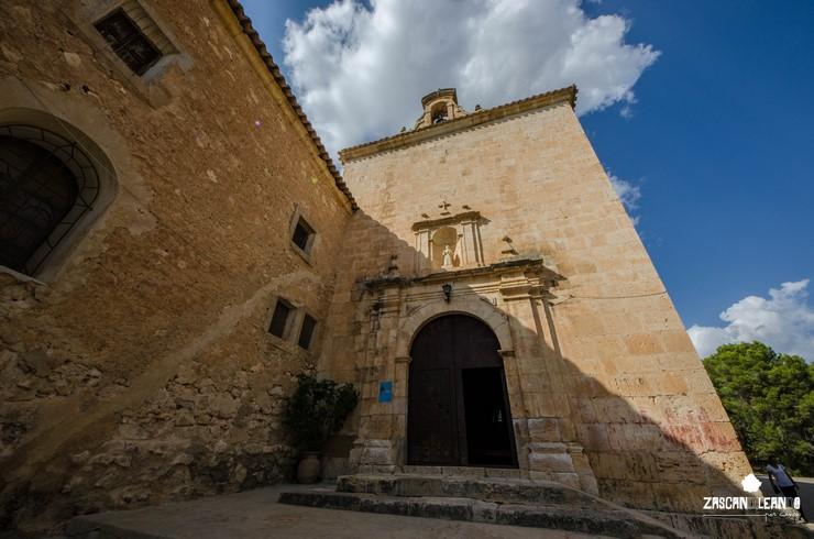 Fachada de la ermita santuario de Consolación, en Iniesta