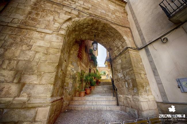 Arco de medio punto en el casco urbano de Alcaraz, Albacete