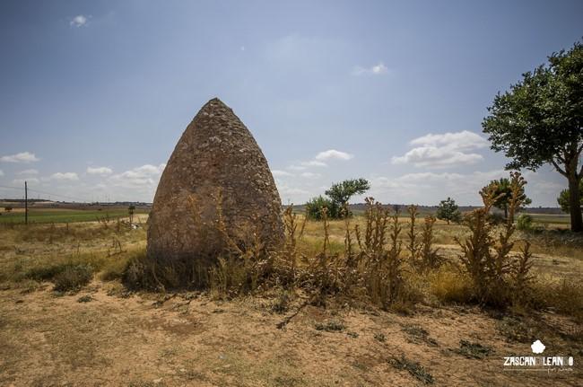 Estas construcciones pastoriles también son conocidas como cubillos o chozos