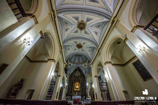 El retablo barroco de la iglesia de Cortes es maravilloso