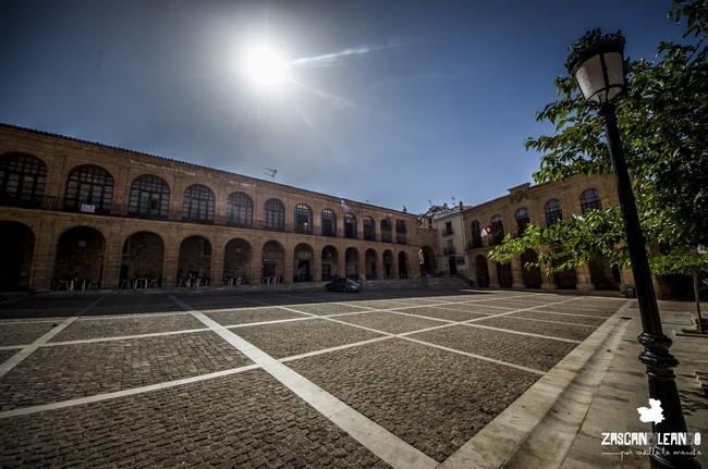 Lonjas de Regatería y del Ayuntamiento, en Alcaraz, Albacete