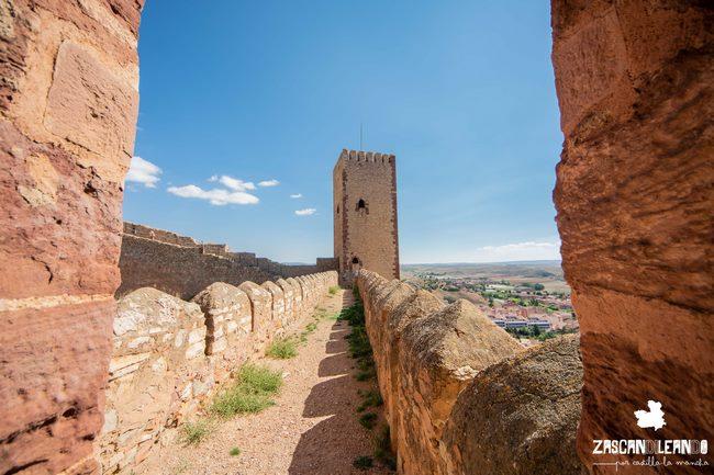 En varias torres del castillo se puede ascender para contemplar las vistas