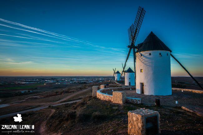 Son cuatro los molinos que se hallan en el cerro de San Antón, en Alcázar