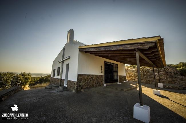 La ermita de la Sierra de la Cruz se encuentra a pocos kilómetros de la villa