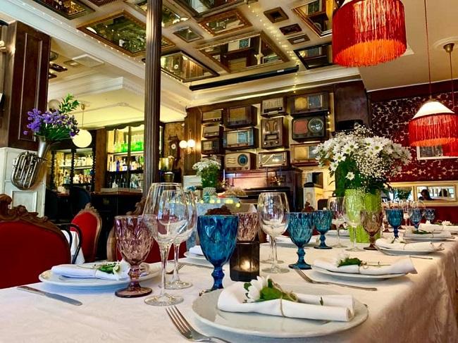 Interior Café Guridi