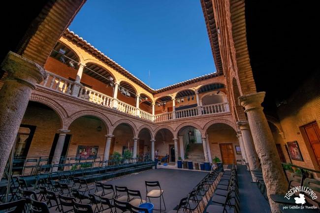 Esta casa palacio en su día fue utilizada como almacén de mercurio procedente de Almadén