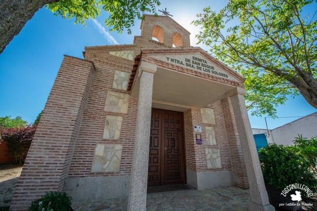 Este pequeño templo de Novés es de reciente construcción