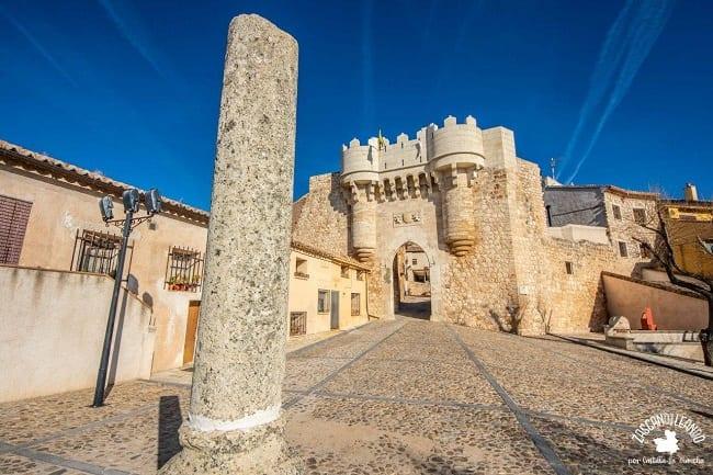 La puerta de Santa María es la construcción más hermosa de Hita