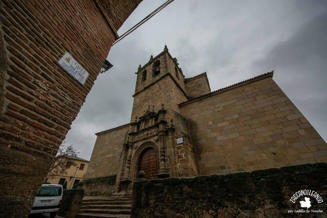 Se creó sobre la antigua iglesia de Santa María