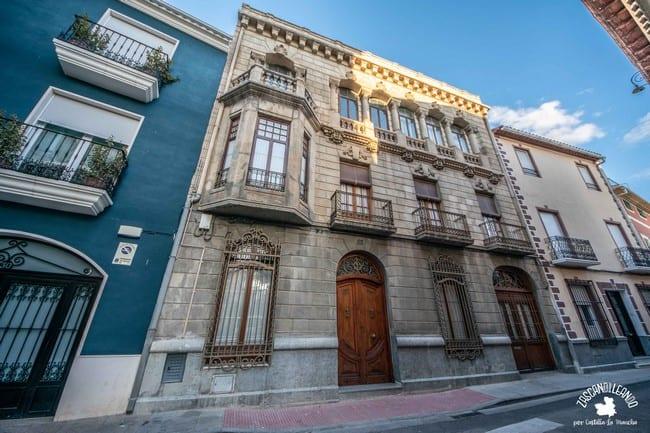 Una de las fachadas más hermosas de la ciudad