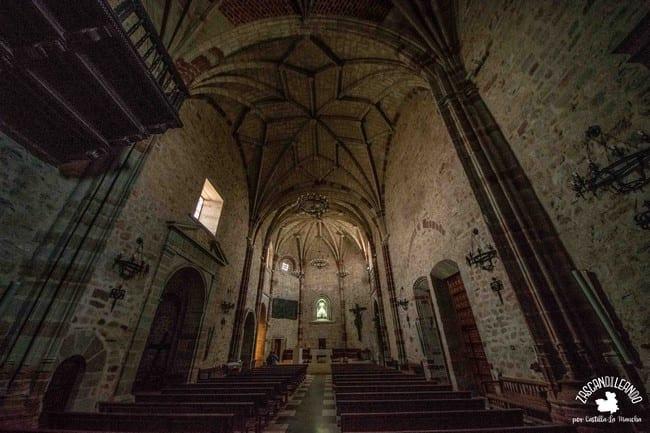 Las bóvedas de la iglesia de la Asunción son impresionantes