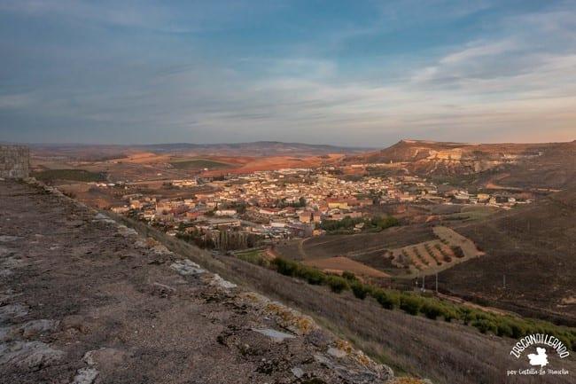 Vista panorámica del pueblo de Jadraque, en la Alcarria de Guadalajara
