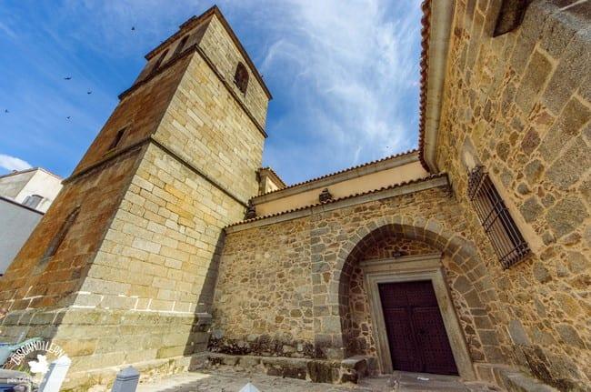 Se trata de un templo de estilo barroco, muy importante dentro del patrimonio de la Sierra de San Vicente