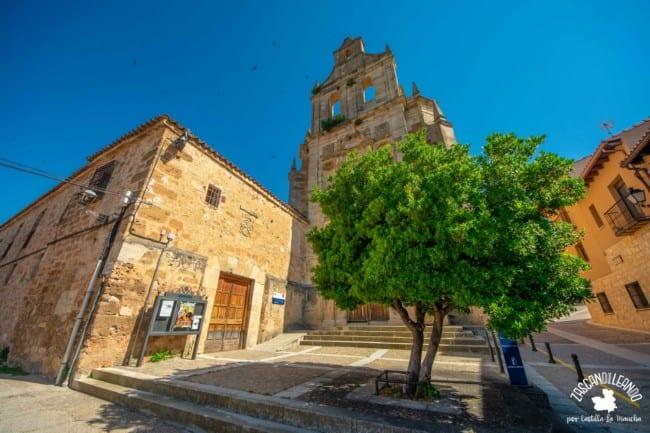 En este edificio se ubica la Oficina de Turimos de Cifuentes, Guadalajara