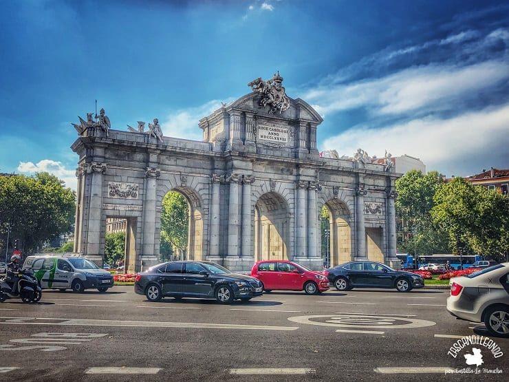 Puerta de Alcalá de día